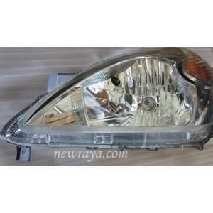 lampu depan / headlamp avanza
